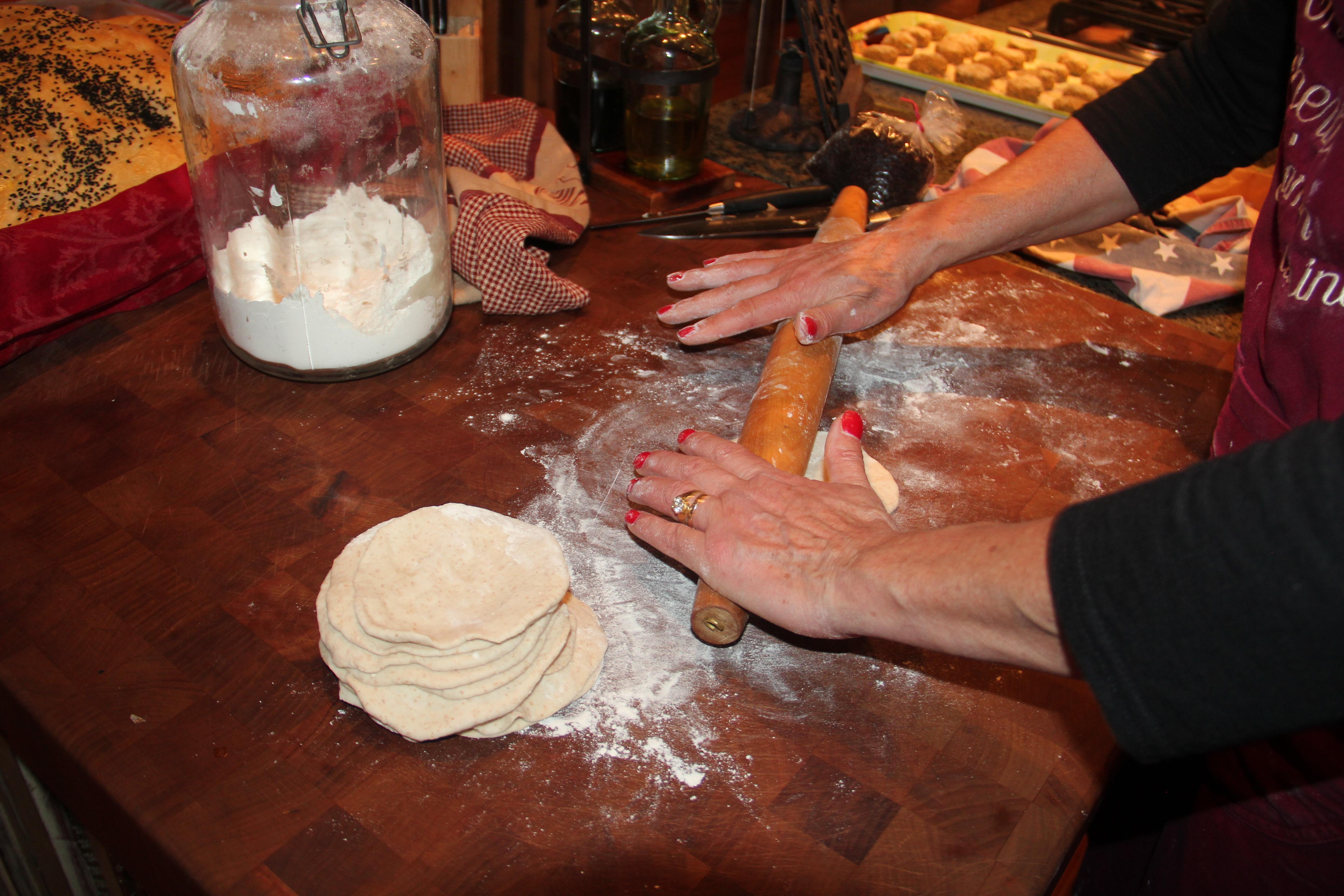 Cuisinicity Renaisssance - Catherine rolling dough