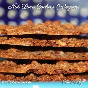 nut-lace-cookies-feature-photo-copyright-ckatz