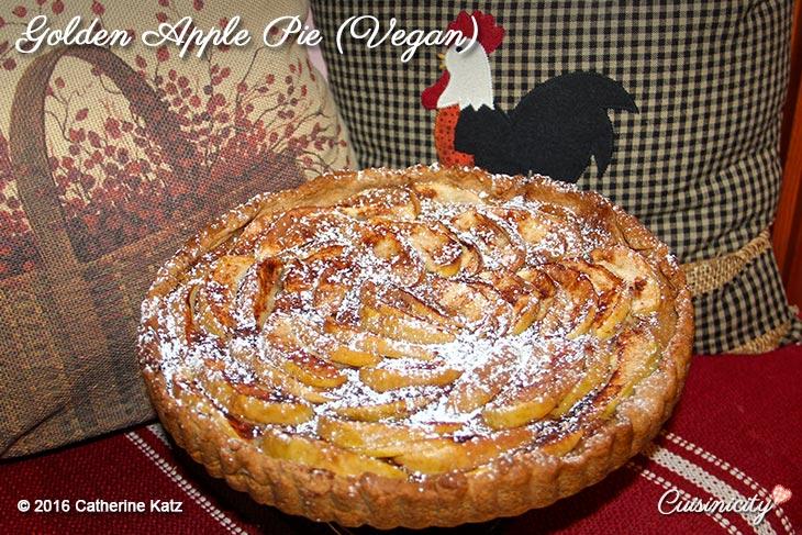 Golden Apple Pie (Vegan) Recipe Photo ©CKatz